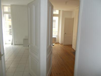 LYON 1er Appartement 2 pièce (s) 45.67 m² quai Saint Vincent