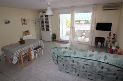 Appartement T3 avec terrasse à hyeres