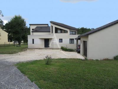 ATUR Maison 5 pièce (s) 200 m²