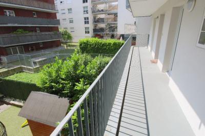 *** Avec balcon sur jardin au calme ***