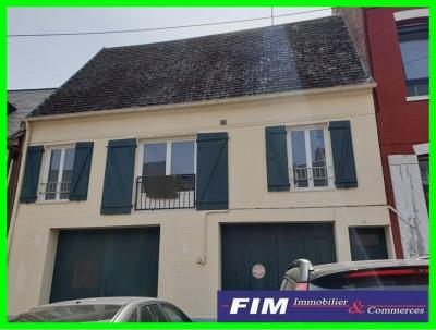 Maison en centre ville de Eu 2 garages 3 chambres beaux volumes