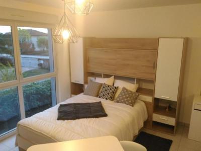 Appartement récent Mions - 1 pièce (s) - 25.24 m²