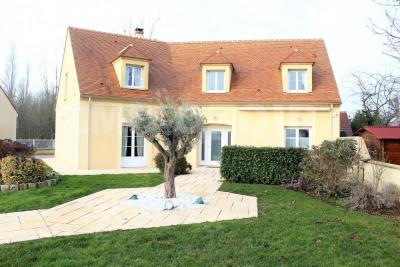 Rozay pavillon 5 chambres + F2 indépendant sur 1330m² de terrai