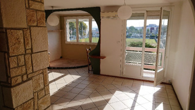 Appartement La Seyne Sur Mer 2/3 pièce (s) 52 m²