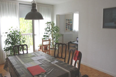 Appartement T5 de 94,89 m² avec balcon, cave et parking