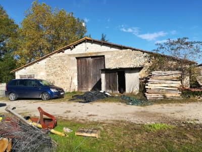 Exploitation agricole de 20 ha avec maison d'habitation à rénové