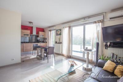 Appartement T3 - dernier etage 3/3 - terrasse 73 m²