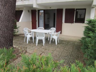 Appartement LA PALMYRE 2 pièce (s) 28 m² à 400 m CE