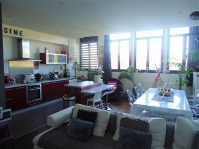 Bel appartement 3 pièces lumineux en plein centre ville