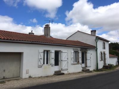Maison en pierre- landeronde