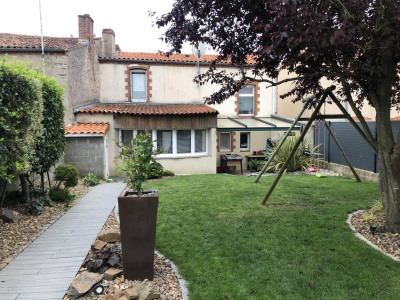 Maison begrolles en mauges - 4 pièce (s) - 90 m²