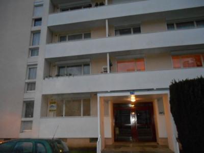 Appartement Saint Quentin 4 pièce(s) 30 m2