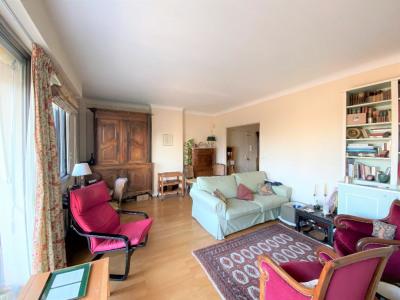 Appartement 74m², Box, Cave et Grenier en hyper centre !! EXCLUSIVITÉ
