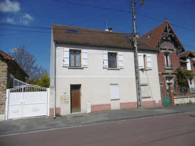 Sale building Choisy Au Bac