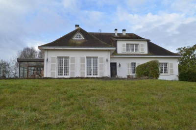 Maison bourgeoise Le Vanneau Irleau 287 m²