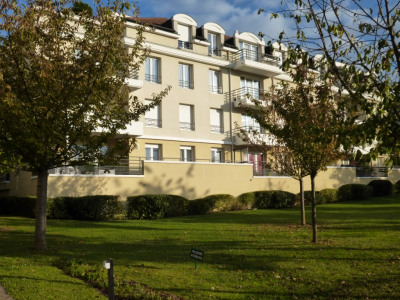 - osny - appartement F4'les florianes'-