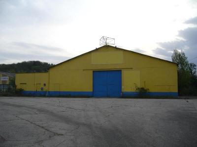 Local industriel / d'activités