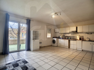 Appartement Vitrolles 2 pièce (s) 45 m² avec garage fermé