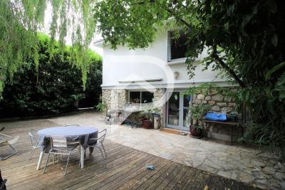 Maison Eaubonne 7 pièce (s) 159 m²