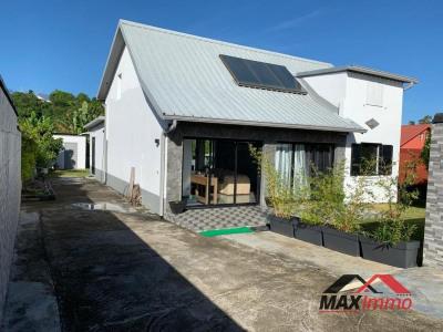 Maison ste suzanne - 4 pièce (s) - 129 m²