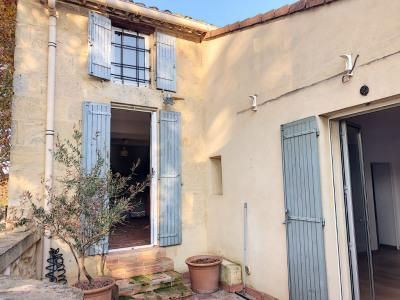 Avignon proche belle maison de village