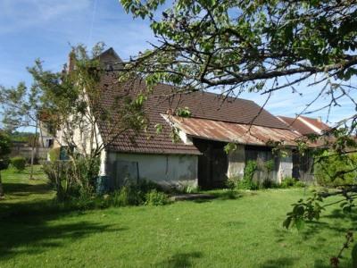 Grange à rénover de 165 m² au sol sur 800 m² de terrain env