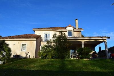 Maison Serres Castet 5-6 pièce(s) 145 m2