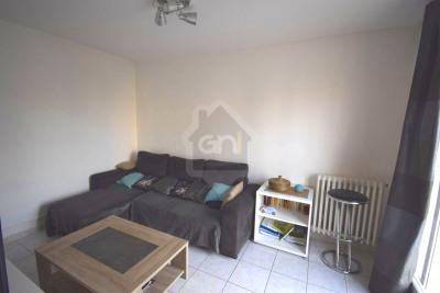 Appartement type 4 de 80 m² avec cave de 12 m²