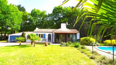 Maison de plain-Pied - Grand terrain - Challans - 210 m²