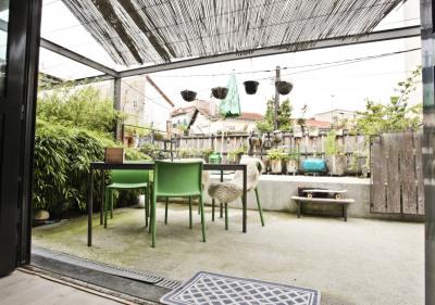 Loft 150m² avec terrasse au calme d'une impasse