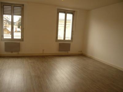 Laval, quatier Cathédrale, appt T1 de 39 m²