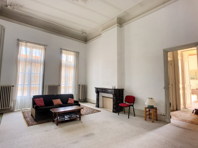 Avignon Intra Muros superbe Appartement ancien 140 m2