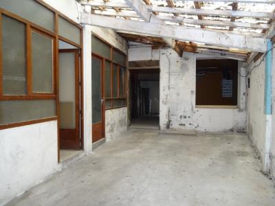 Agen centre - local commercial en rez-de-chaussée d'un immeuble