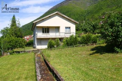 Maison à rénover 4 pièces + c à Saint georges de commiers