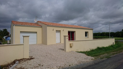 Maison / villa 3 pièces Écoyeux