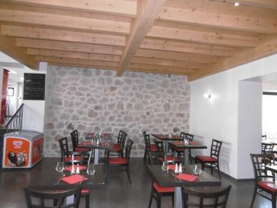 Fonds de commerce restaurant bar clientèle professionnelle et