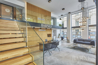Lyon 6 - Massena - Apartment to renovate of 175 sqm - 6 bedrooms
