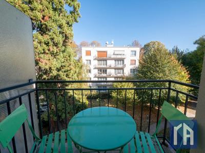 Studette Chatenay-Malabry 12 m² avec balcon