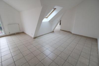Location maurepas 2 pièces 47 m² + balcon + parking s-sol