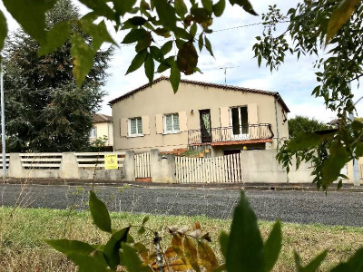 (detached) house 6 rooms Cognac