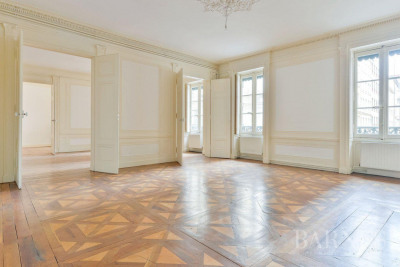 Lyon 2 - Ainay - Family apartment of 191 sqm - 3 bedrooms