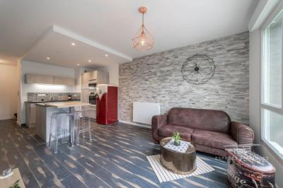 Appartement contemporain et vintage