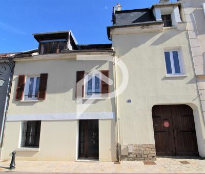 Maison atypique Saint Prix 8 pièce (s) 184 m²