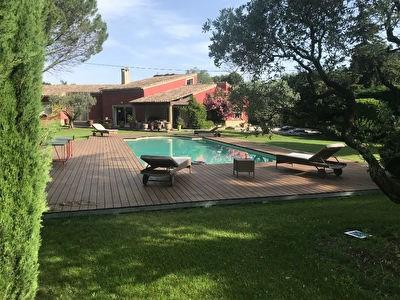 Deluxe sale house / villa Carpentras 630000€ - Picture 2