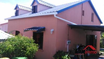 Maison st benoit - 5 pièce (s) - 100 m²