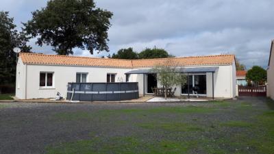 Maison Saint Julien Des Landes 4 pièce(s)