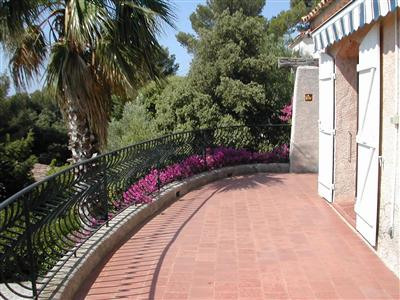 Vacation rental house / villa Les issambres 2200€ - Picture 1
