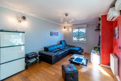 Nice-Pessicart Appartement 3 pièces avec box fermé