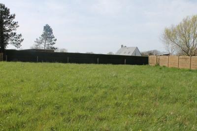 Terrain 725 m²