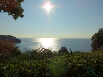 A vendre appartement avec jardin vue mer, mer à pieds
